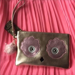 Handbags - BUNDLE 💰💰💰 New Owl 🦉 Rose Gold Wristlet